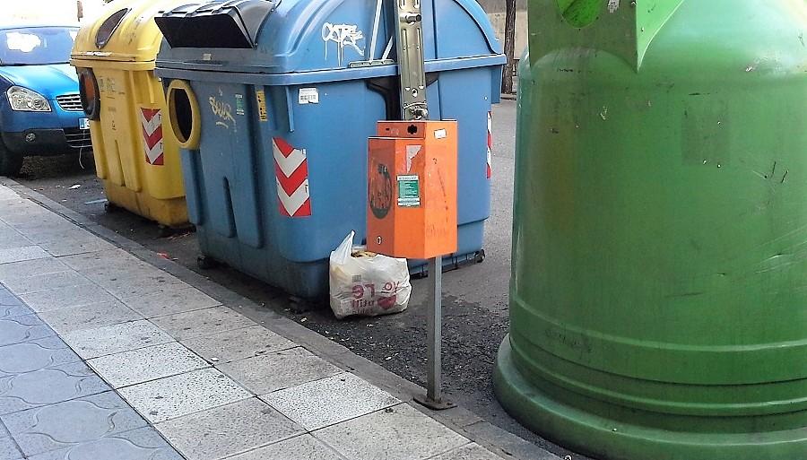 Vitoria quiere evitar bosas de basura fuera de los contenedores