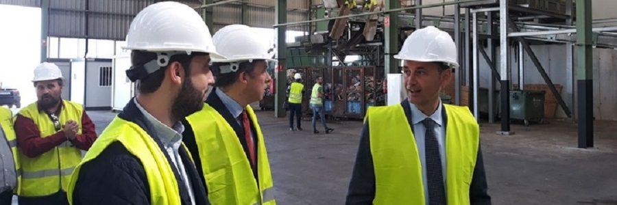 La Región de Murcia invertirá seis millones de euros en la modernización del centro de tratamiento de residuos de Lorca