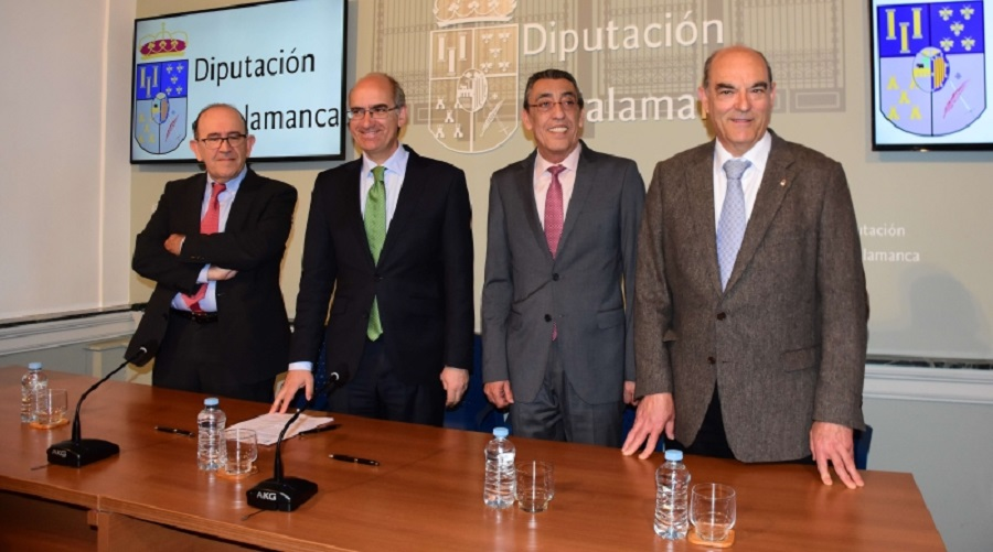 Junta y Diputación de Salamanca firman un convenio para la eliminación de escombreras