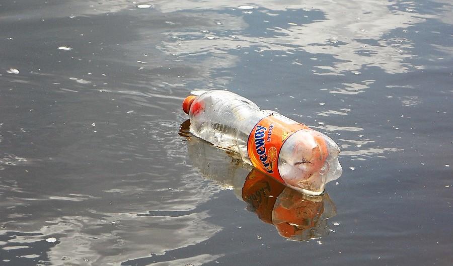 La CE quiere prohibir determinados productos plásticos