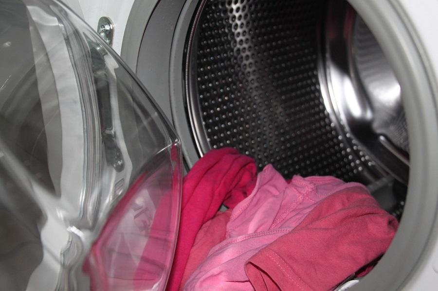 Gran parte de las microfibras se desprenden de la ropa en los procesos de lavado