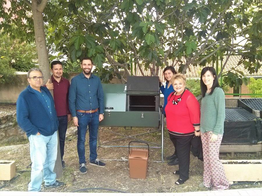 Comienza la recogida de biorresiduos en la Escuela de Viticultura y Enología de Requena (Valencia)