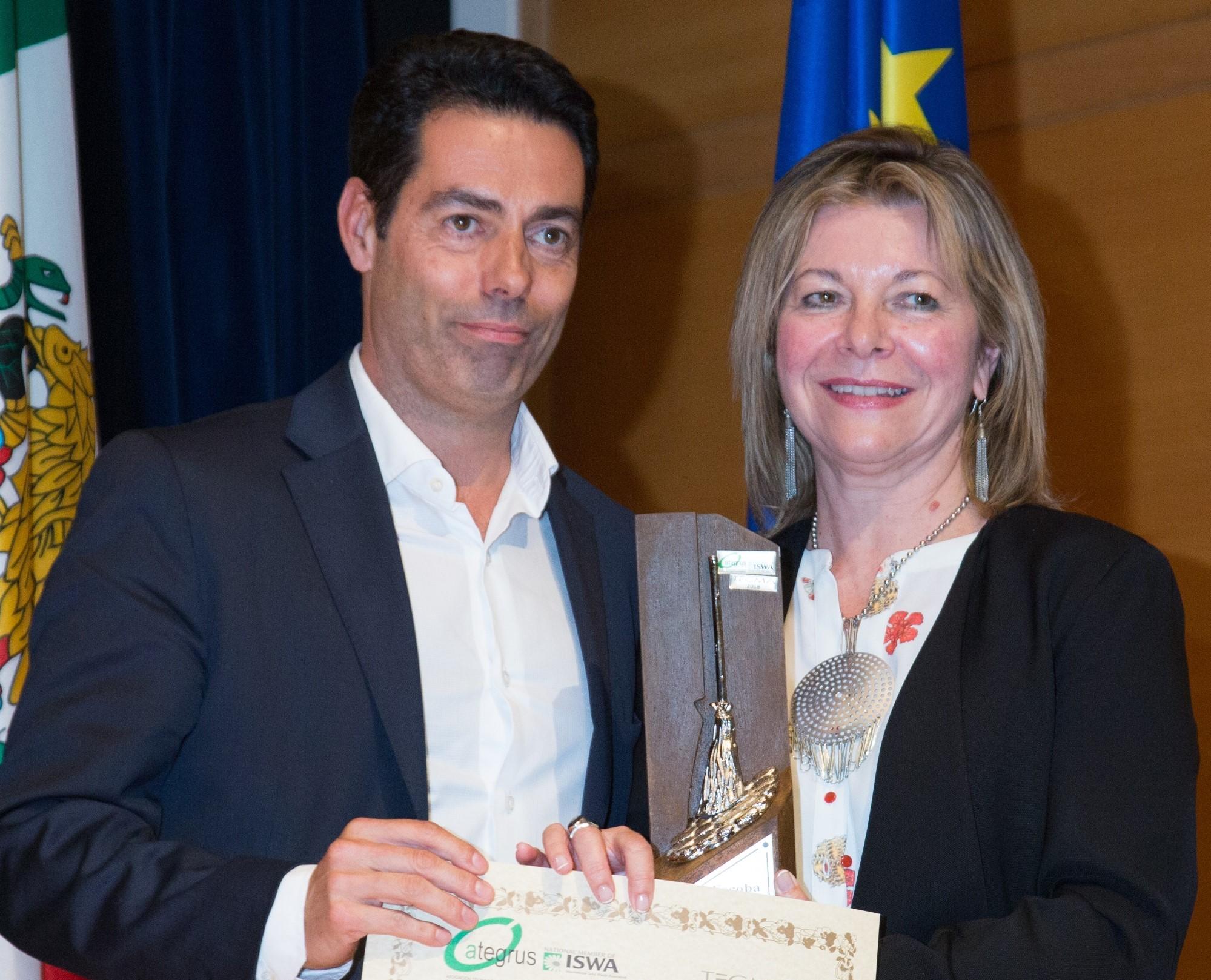 """Envac recibe la """"Escoba de Platino"""" de Ategrus"""