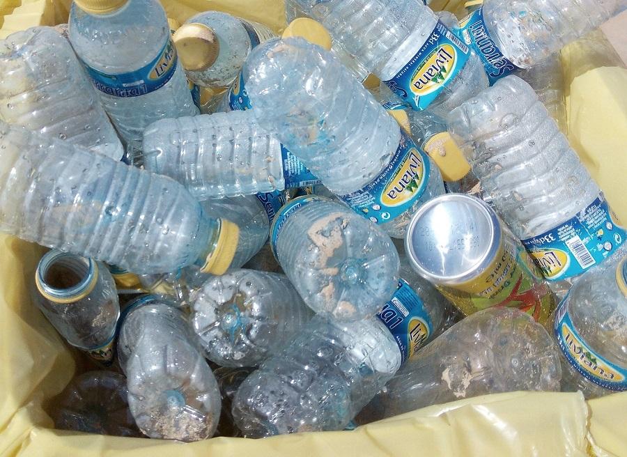 Pamplona prueba en San fermíni un sistema que compensa económicamente el reciclaje de envases