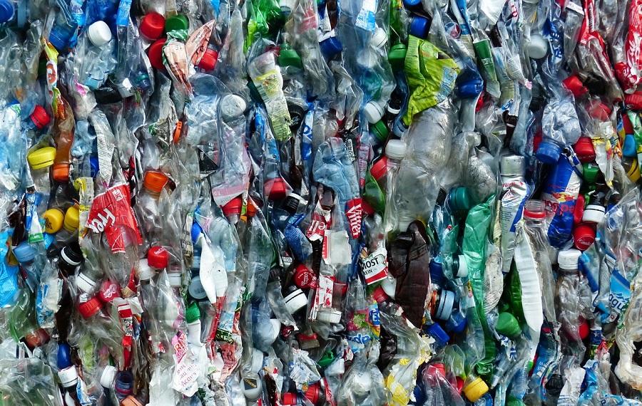 Rumanía proyecta implantar un sistema de depósito para envases de bebidas