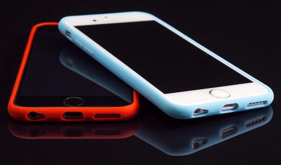 Los teléfonos móviles son uno de los productos que usan baterías de iones de litio