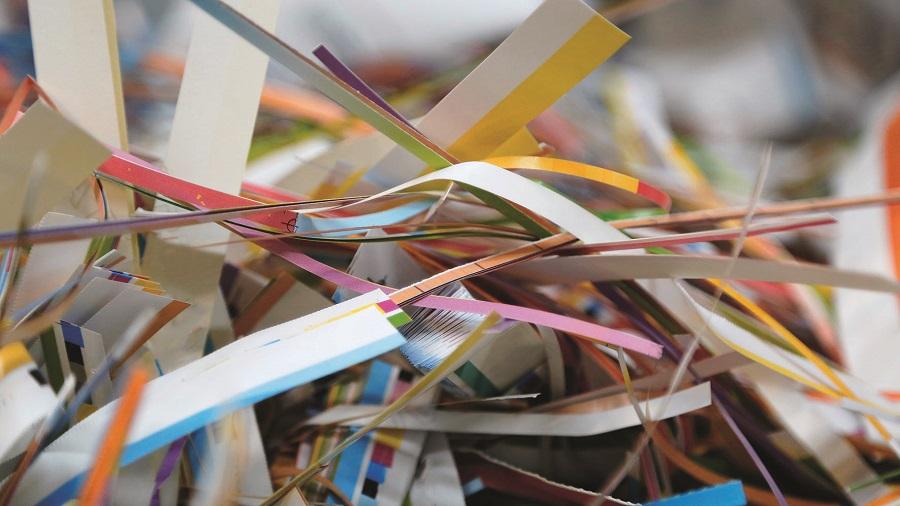 TOMRA aborda la necesidad de mejorar el reciclaje de papel destintado
