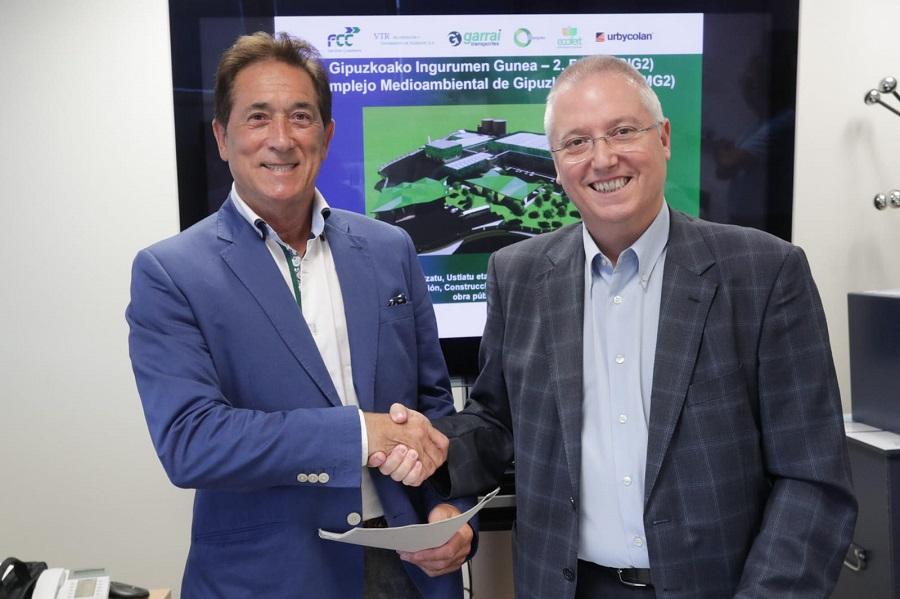 Firma del contrato para la construcción de la segunda fase del complejo medioambiental de Gipuzkoa