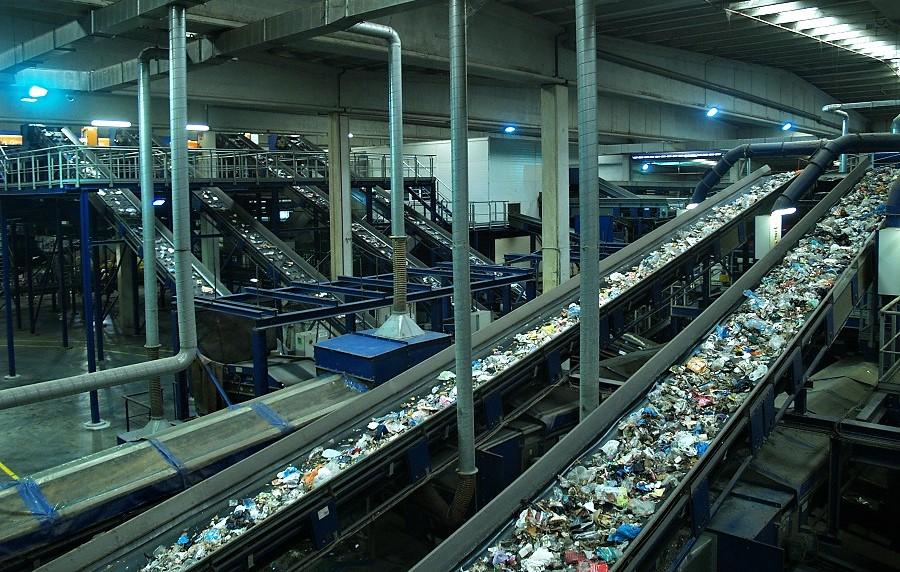 El Vallès Occidental y el AMB compartirán centros de tratamiento de residuos
