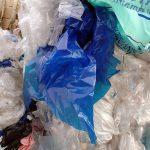El Parlamento Europeo reclama una mejor gestión de los residuos plásticos y prohibir los microplásticos