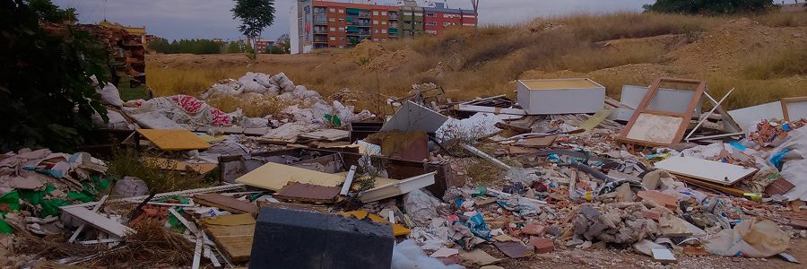 """Los gestores de residuos valencianos exigen el fin de la """"cultura de la escombrera"""" en la Comunitat"""
