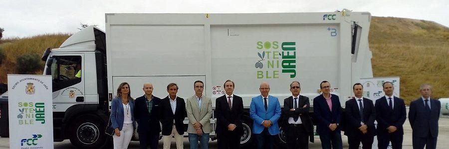 Jaén renueva su flota de vehículos de recogida de residuos y limpieza viaria