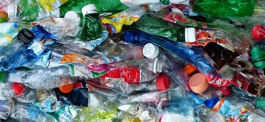 El parlamento de Letonia, a favor de un sistema de depósito de envases