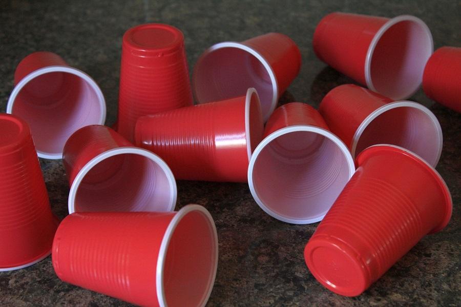 Vasos de plástico de un solo uso