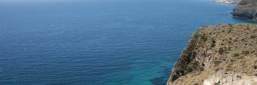El Parque Natural Cabo de Gata-Níjar desarrollará un plan de acción contra los residuos marinos