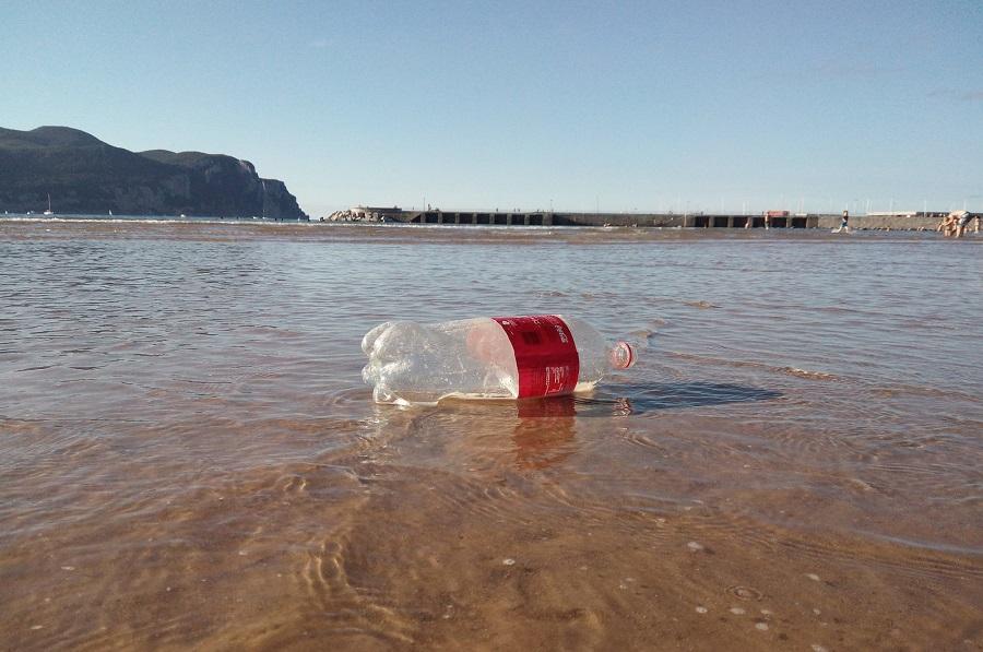 """El proyecto PlasticFam gana el concurso de ideas de """"Mares Circulares"""""""