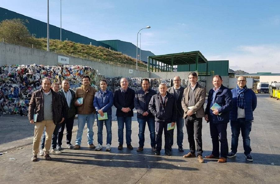 Reunión del consorcio provincial de RSU de Málaga con los representantes municipales