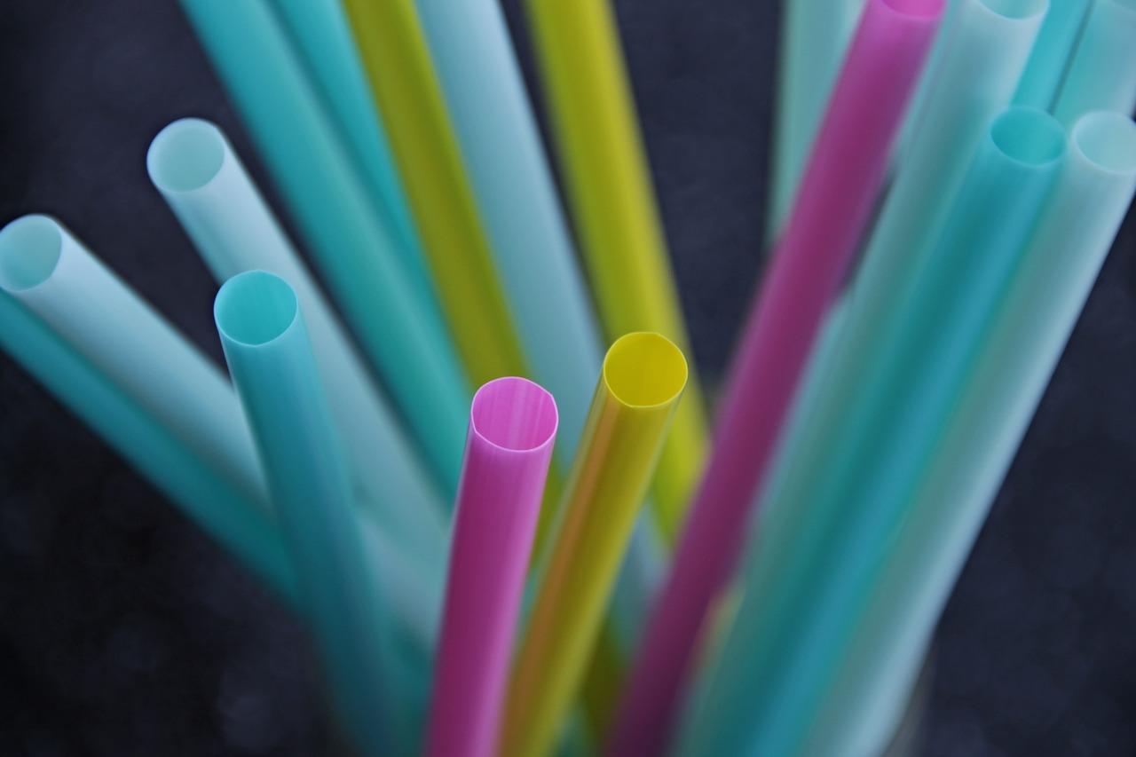 Las pajitas son uno de los plásticos de un solo uso más habituales