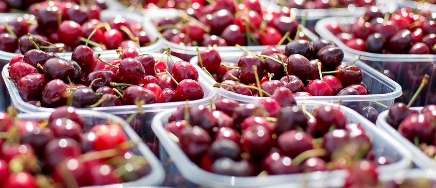 Greenpeace analiza el compromiso de los supermercados para reducir los plásticos