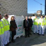 Vigo pone en marcha el servicio de reciclaje de ropa y aceite usados