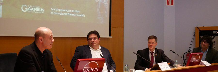 El eurodiputado Francesc Gambús presenta su libro sobre economía circular