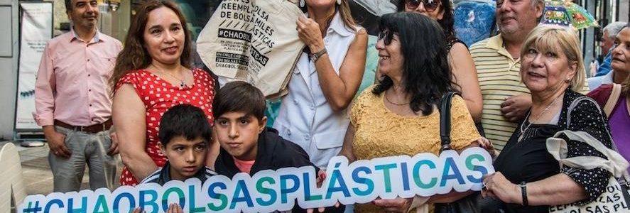 Chile se convierte en el primer país de Latinoamérica en prohibir las bolsas de plástico