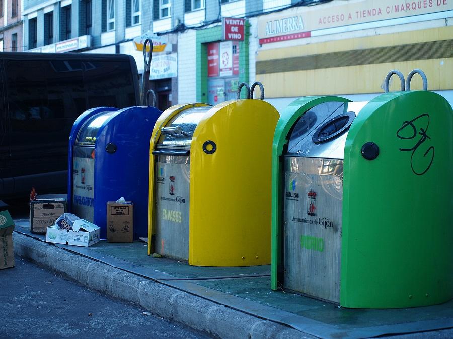 Contenedores de residuos en Gijón