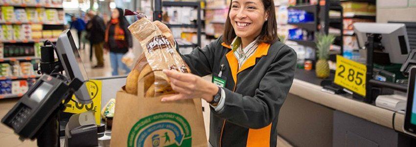 Mercadona eliminará totalmente las bolsas de plástico de un solo uso en abril