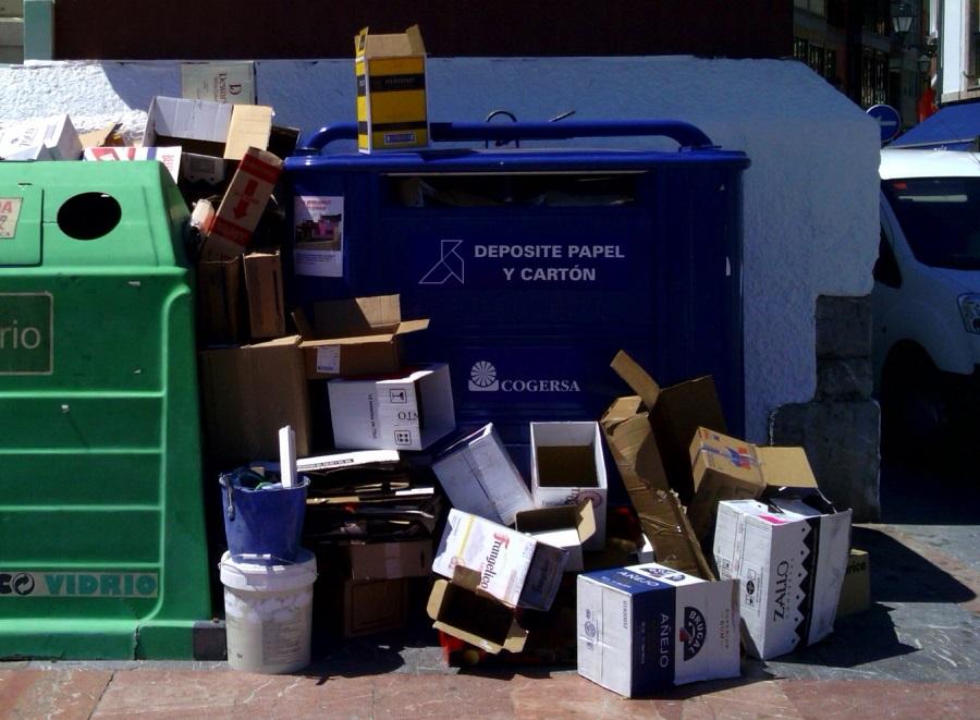 Gijón informará a los comercios sobre la recogida puerta a puerta del cartón