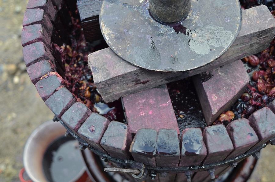 Los residuos de producción de vino, buena materia prima para obtener biocombustible
