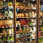 Desarrollan un nuevo bioplástico flexible y resistente para envases alimentarios