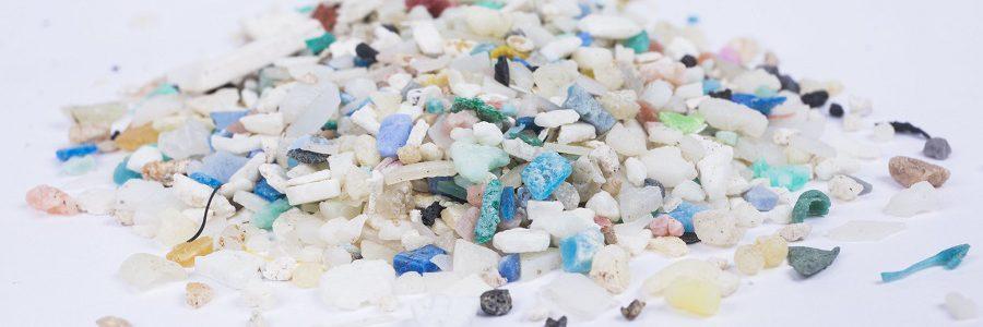 Innovador procedimiento para degradar los microplásticos en las depuradoras de aguas residuales