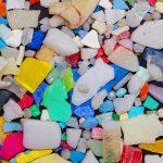 Hasta cien gramos de microplásticos por metro cuadrado de arena en una playa de La Graciosa