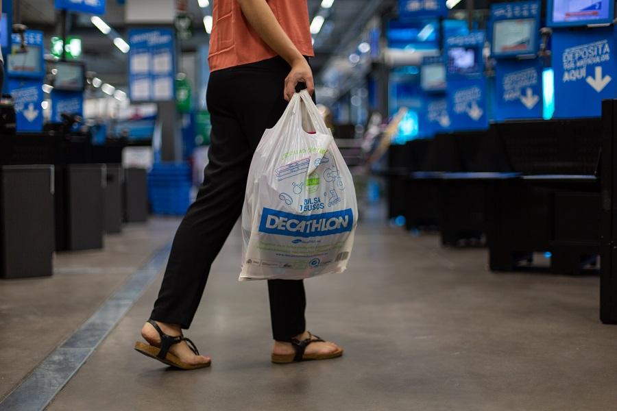 Decathlon eliminará las bolsas de plástico
