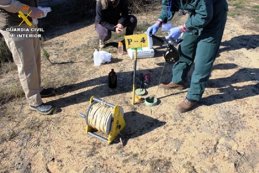 La uardia Civil investiga la contaminación de empresas químicas en Huelva