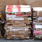 Nuevo impulso a la recogida puerta a puerta del cartón comercial en León