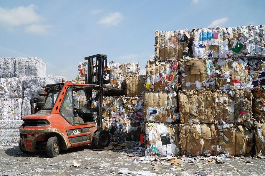 Planta de recuperación y reciclaje de papel y cartón