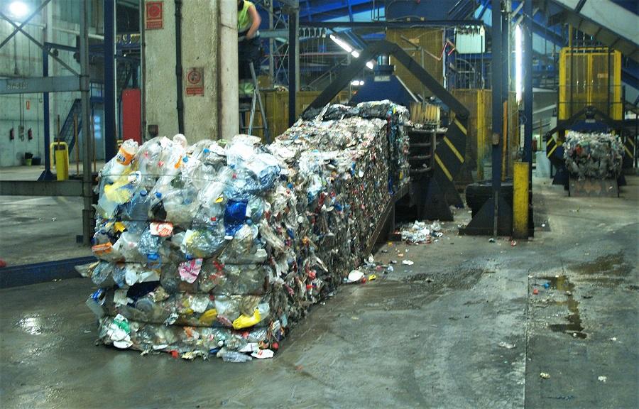 Reciclaje de residuos de plástico