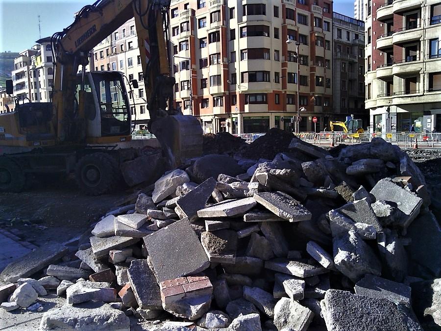 El proyecto de Ley de Administración Ambiental de Euskadi prevé usar materiales reciclados en obras públicas