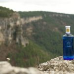 Mahou San Miguel se compromete a que todos sus envases de agua sean de plástico reciclado