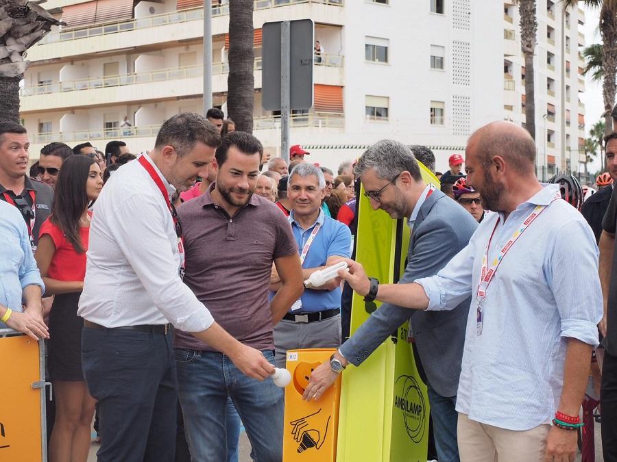 Apoyo al reciclaje de bombillas en la Vuelta a España