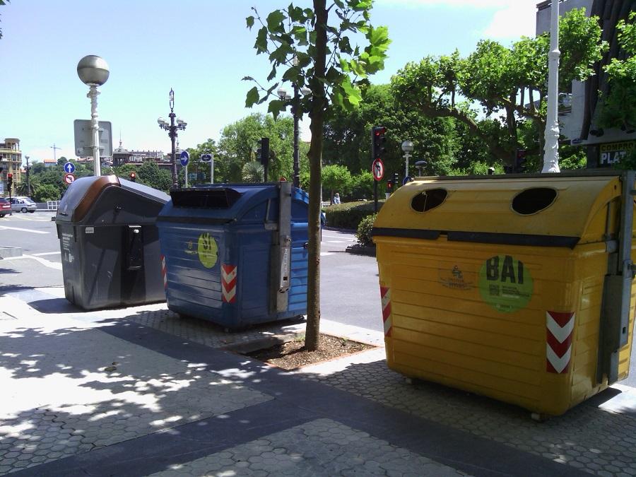 Más residuos y menos recogida selectiva en San Sebastián