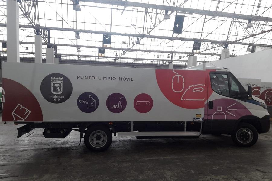 Nuevos camiones ecológicos para los puntos limpios móviles de Madrid