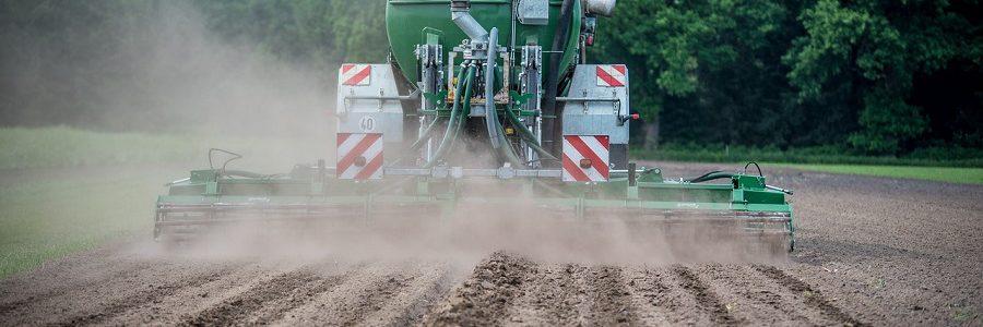 Convenio para analizar la situación de los residuos agrarios y mejorar su gestión