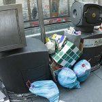 Agentes de paisano vigilarán en Vitoria el correcto depósito de residuos en los contenedores