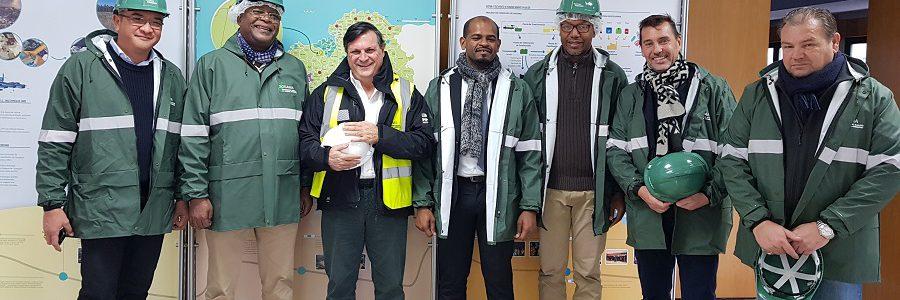 Una delegación de las Islas Comores, liderada por su ministro de Economía, Inversiones y Energía, se interesa por el modelo de gestión de residuos de Sogama