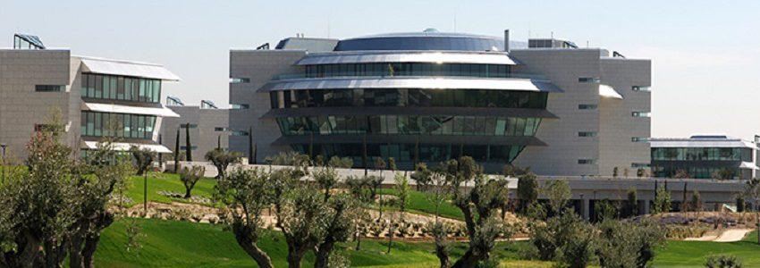 Banco Santander, primera entidad financiera española con certificado 'Residuo Cero' de AENOR