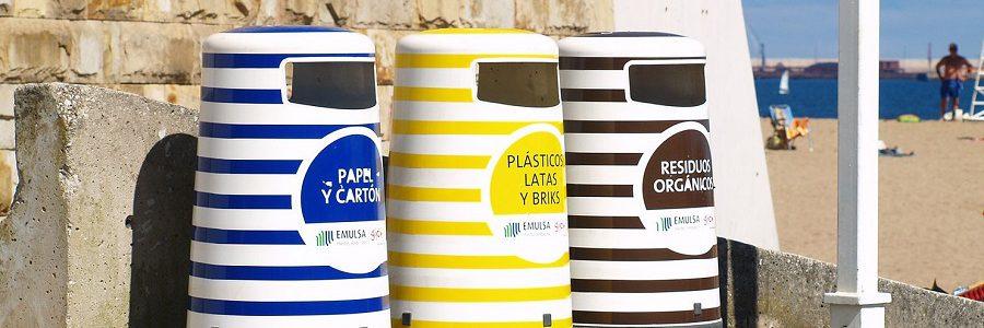 Los españoles reclaman más infraestructuras para reciclar fuera de casa, según una encuesta
