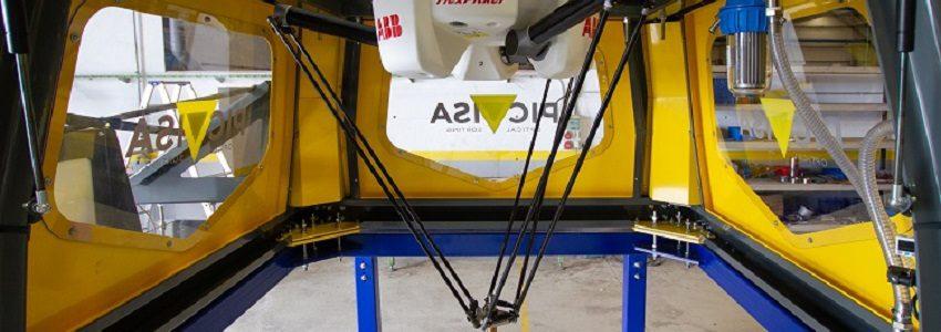 Desarrollan un robot que separa el plástico de otros residuos en plantas de reciclaje