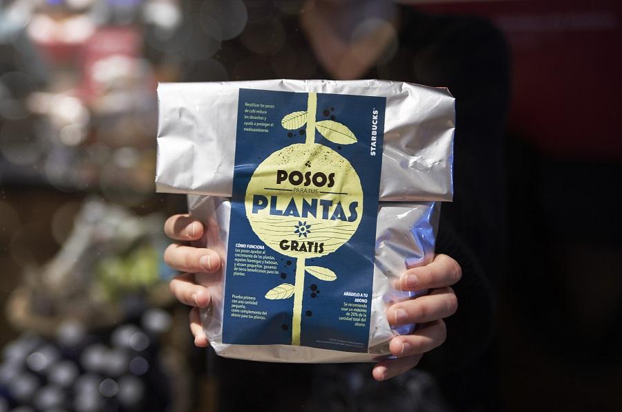 Starbucks promueve el reciclaje de posos de café